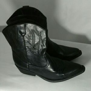 SO Shoes - SO. Cowgirl boots